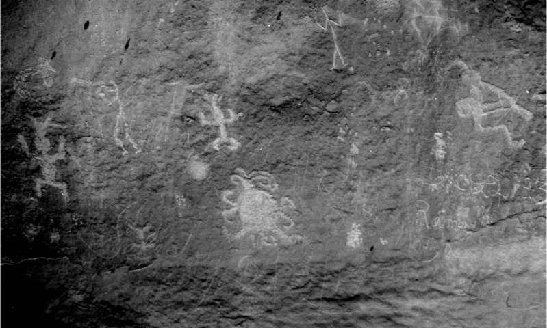 Possible solar eclipse petroglyph found in Chaco Canyon, Possible solar eclipse petroglyph found in Chaco Canyon NM, Possible solar eclipse petroglyph found in Chaco Canyon picture