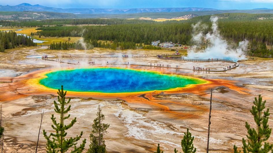 yellowstone, yellowstone earthquake swarm july 2017, yellowstone update july 2017, yellowstone lake