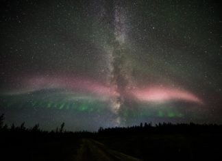 Steve and Milky Way bild up an angel in the sky of Alberta in Canada, steve alberta september 16 2017, canada steve angel milky way