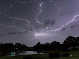 lightning storm, lightning storm arkansas pictures, lightning storm arkansas videos