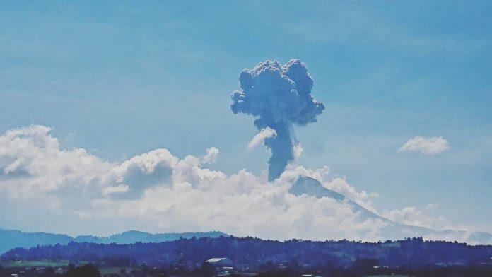 Popocatepetl volcano eruption on October 7 2017, Popocatepetl volcano eruption on October 7 2017 video, Popocatepetl volcano eruption on October 7 2017 pictures