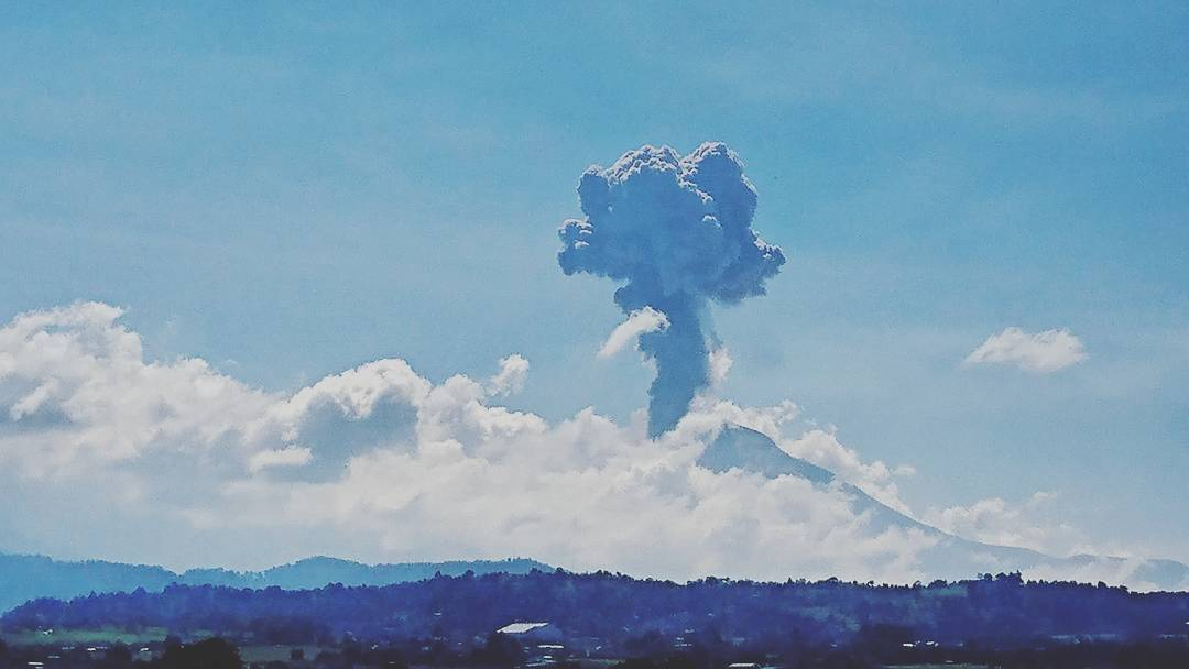 Popocatepetl volcano eruption on October 7 2017, Popocatepetl volcano eruption on October 7 2017 video, Popocatepetl volcano eruption on October 7 2017 pictures