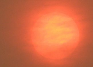 red sun uk ophelia, red glowing sun across the UK as storm Ophelia whips up dust from Sahara desert, red glowing sun across the UK as storm Ophelia whips up dust from Sahara desert pictures, red sun uk ophelia