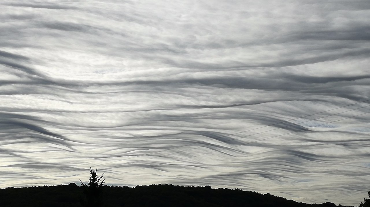 Undulatus asperatus clouds captured in the sky over Indre France, undulatus asperatus france, undulatus asperatus france october 2017, undulatus asperatus france pictures october 2017