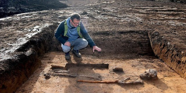 giant germany archeology, Giant warrior found in Germany ancient giant germany