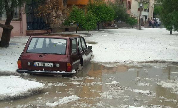 hailstorm in Mersin Turkey, hailstorm in Mersin Turkey pictures, hailstorm in Mersin Turkey videos, Dramatic hailstorm in Mersin Turkey