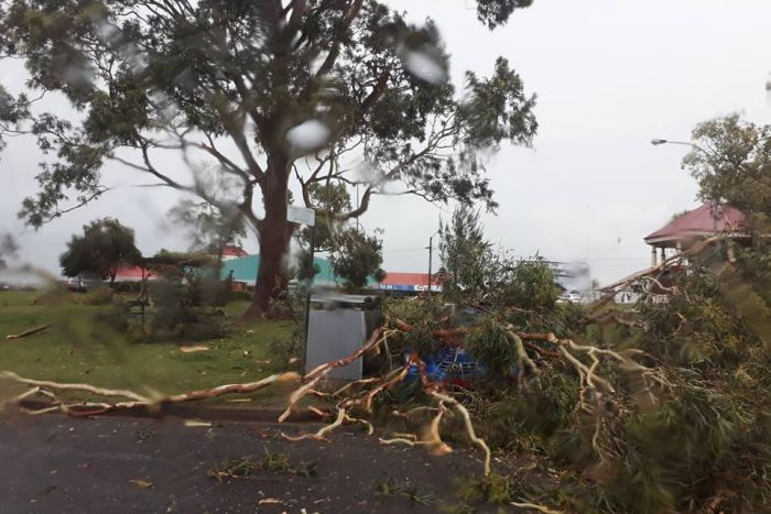 Anomalous hail and snow storm hits NSW Australia on November 6 2017, Anomalous hail and snow storm hits NSW Australia on November 6 2017 video, Anomalous hail and snow storm hits NSW Australia on November 6 2017 pictures