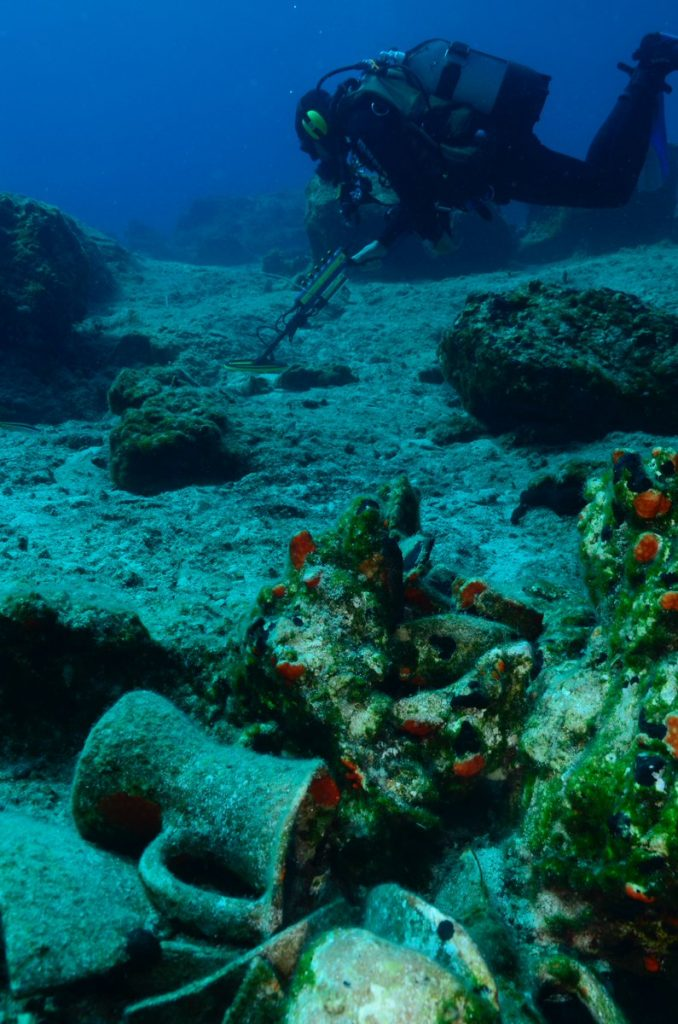 8 sunken roman shipwrecks found off Naxos in Greece, 8 roman shipwrecks found off Naxos in Greece