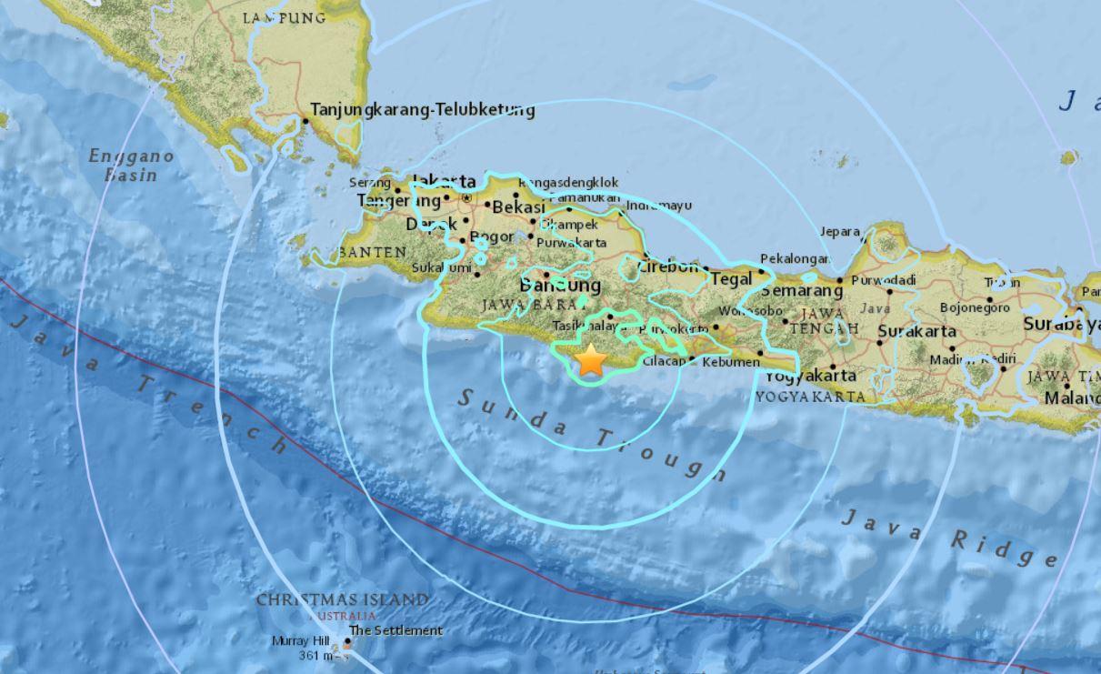 M6.5 earthquake hits Java Indonesia on Dec 15 2017