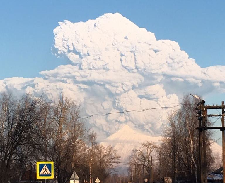 bezymianny eruption kamchatka, bezymianny eruption kamchatka december 20 2017, bezymianny eruption kamchatka december 2017