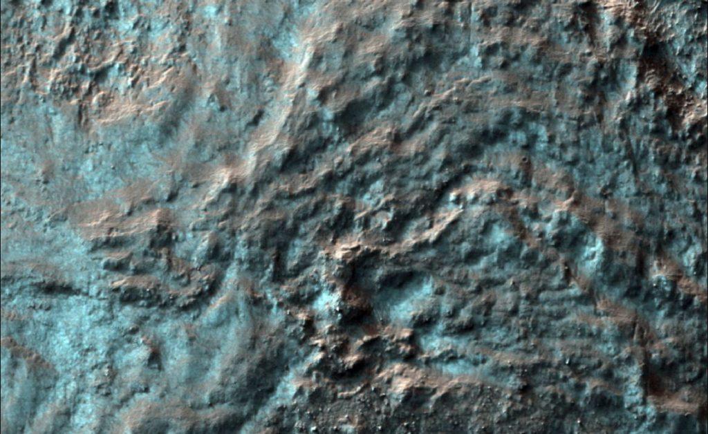 snow mars, mars snow, Winter snow and wonderland on Mars the Red Planet