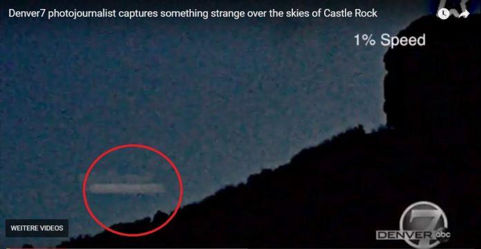 mysterious light castle rock colorado, mysterious light castle rock colorado video, mysterious light castle rock colorado december 2017, Mysterious light flying behind Castle Rock Colorado