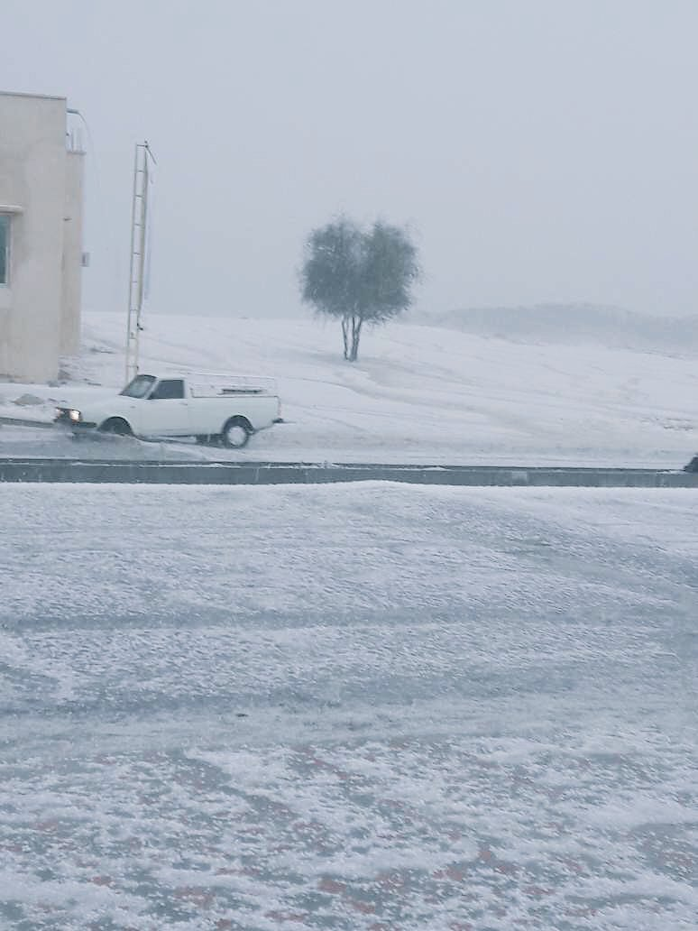 Heavy rain and severe hailstorms in desert of Omand and United Arab Emirates on December 16 2017, hailstorm oman december 16, hailstorm united arab emirates december 16, Heavy rain and severe hailstorms in desert of Omand and United Arab Emirates on December 16 2017