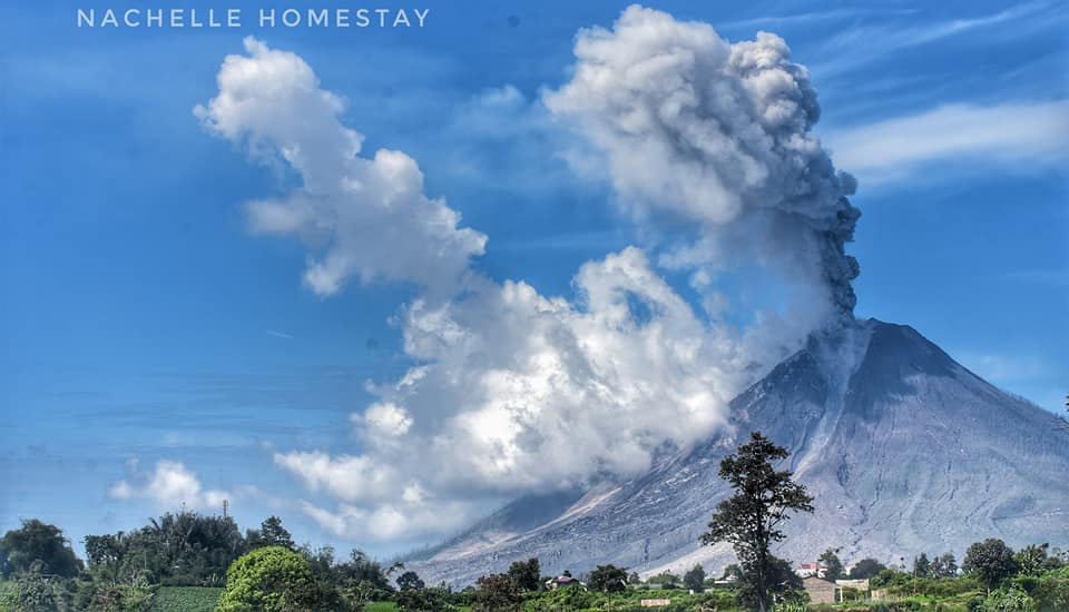 sinabung eruption december 2017, sinabung eruption december 14 2017