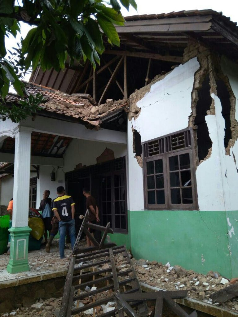 Damage and destruction after M6.0 earthquake off Java, Indonesia on January 23 2018