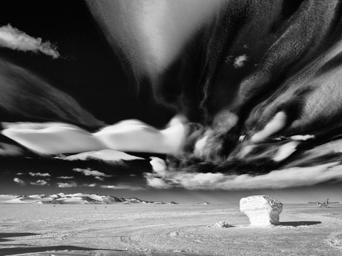 http://strangesounds.org/wp-content/uploads/2018/01/antarctica-strange-cloud-696x521.jpg