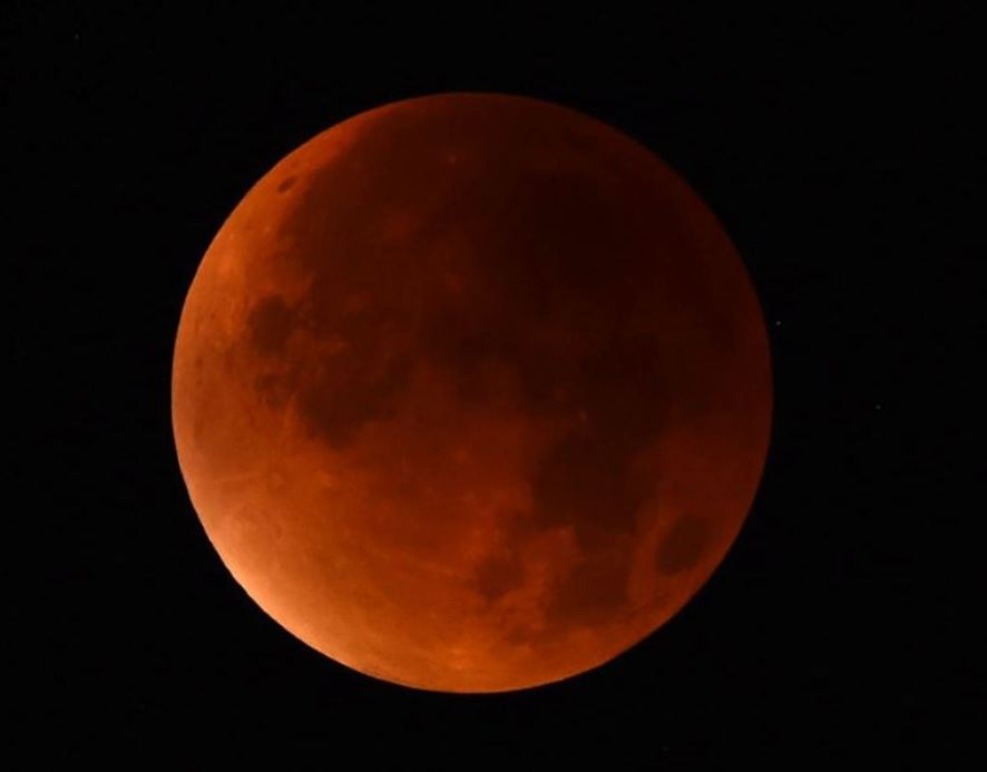 blood moon super blue moon eclipse january 31 2018, Super blue moon to coincide with lunar eclipse for 1st time in 150 years on January 31 2018, Super blue moon to coincide with lunar eclipse for 1st time in 150 years on January 31 2018 video, Super blue moon to coincide with lunar eclipse for 1st time in 150 years on January 31 2018 pictures