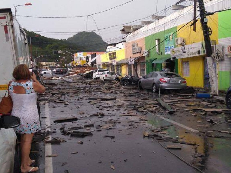 Damage in San Francisco do Sul Brazil after powerful storm engulfs the city on January 23 2018, Damage in San Francisco do Sul Brazil after powerful storm engulfs the city on January 23 2018 pictures, Damage in San Francisco do Sul Brazil after powerful storm engulfs the city on January 23 2018 videos