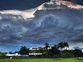 giant iridescent cumuloninbus cloud Darwin Australia, giant iridescent cumuloninbus cloud Darwin Australia photo, giant iridescent cumuloninbus cloud Darwin Australia january 2018 pictures, giant cumuloninbus cloud Darwin Australia