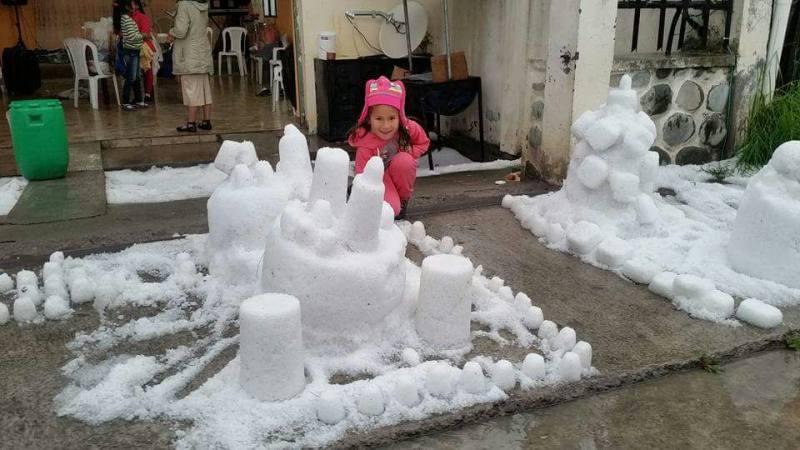 hailstorm biblian ecuador, hailstorm biblian ecuador pictures, hailstorm biblian ecuador videos, hailstorm biblian ecuador january 2018