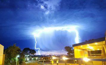 lightning storm adelaide, lightning storm adelaide january 21 2018, lightning storm adelaide pictures january 21 2018