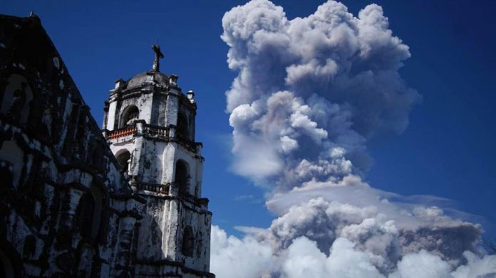 mayon volcanic eruption, mayon volcanic eruption jnauray 2018, mayon eruption: how worse can it get? Mayon volcanic eruption in the Philippines