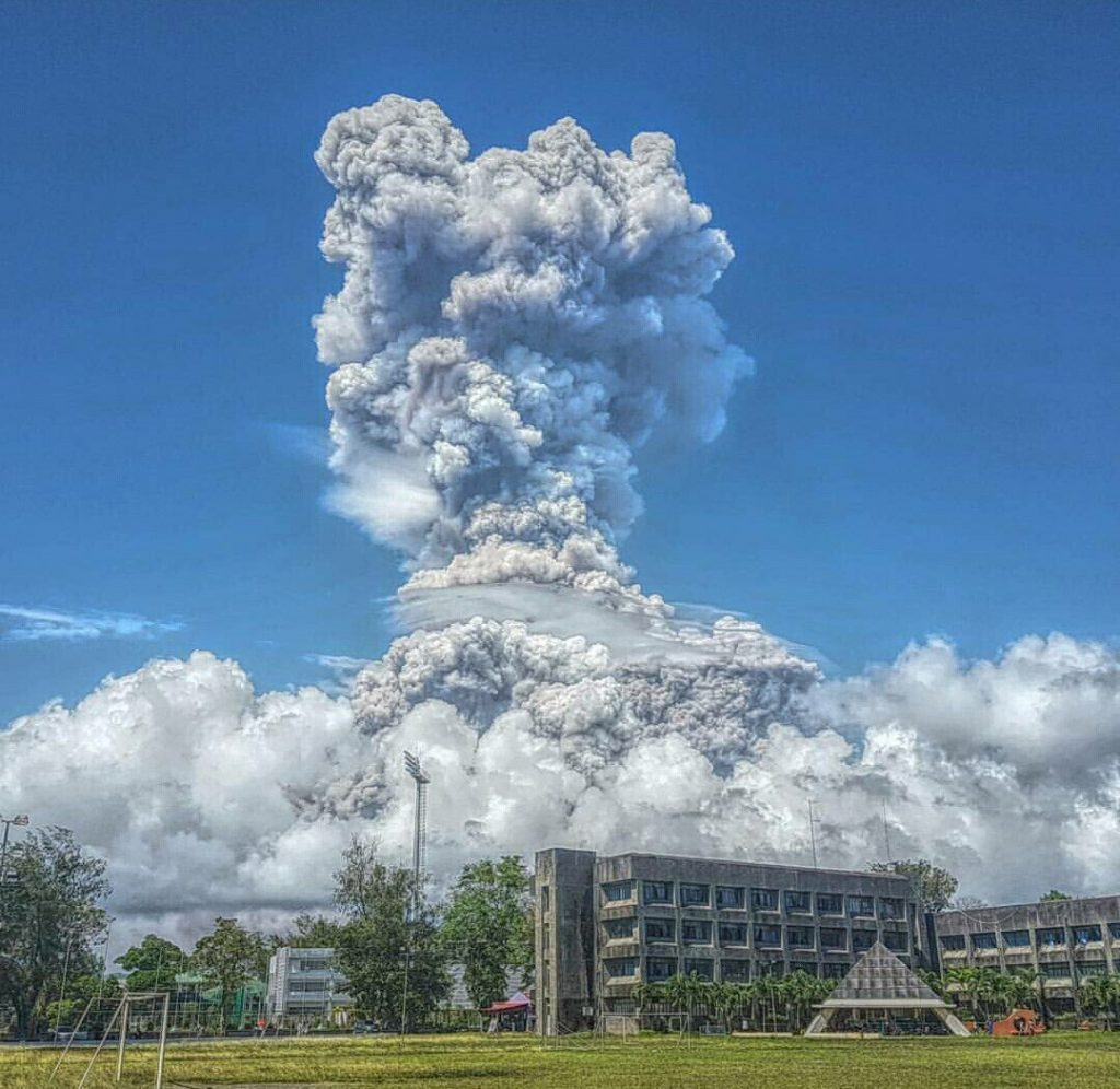 mayon volcano eruption jan 22 2018