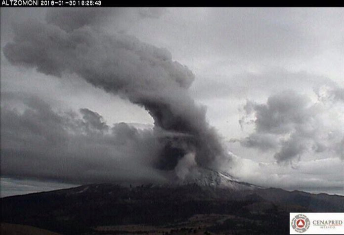 popocatepetl volcano eruption, popocatepetl, 4 explosions rattle Popocatepetl volcano on January 30