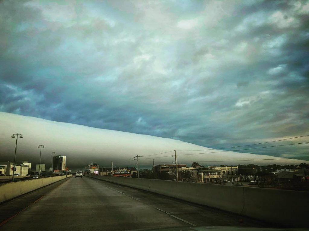 roll cloud new orleans, roll cloud new orleans january 16 2018, roll cloud new orleans january 2018, rare roll cloud new orleans pictures january 2018