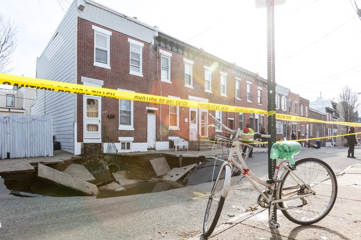 sinkhole fishtown, sinkhole fishtown january 2018, sinkhole fishtown jan 2018 video, sinkhole fishtown jan 2018 pictures