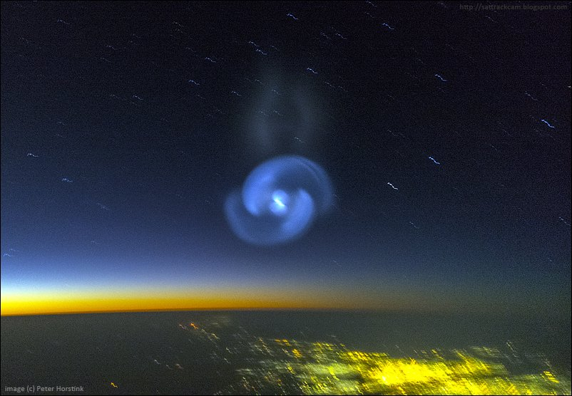 strange sky spiral spacex launch, strange sky spiral secret spacex Zuma launch, mysterious blus spiral sky sudan, strange blue spiral sudan sky jan 7 2018