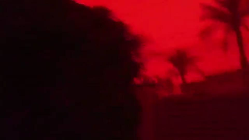 basra blood red sky sandstorm pictures and video, basra blood red sky sandstorm february 18 2018, The sky over Basra turns blood red as dust storm engulfs Iraq on February 18 2018, basra blood red sky sandstorm pictures, basra blood red sky sandstorm video