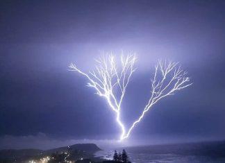 lightning storm brisbane queensland australia, lightning storm brisbane queensland australia video, lightning storm brisbane queensland australia pictures, lightning storm brisbane queensland australia, crazy lightning storm hit southeast Queensland in Australia, crazy lightning storm hit southeast Queensland in Australia february 11 2018, crazy lightning storm hit southeast Queensland in Australia,