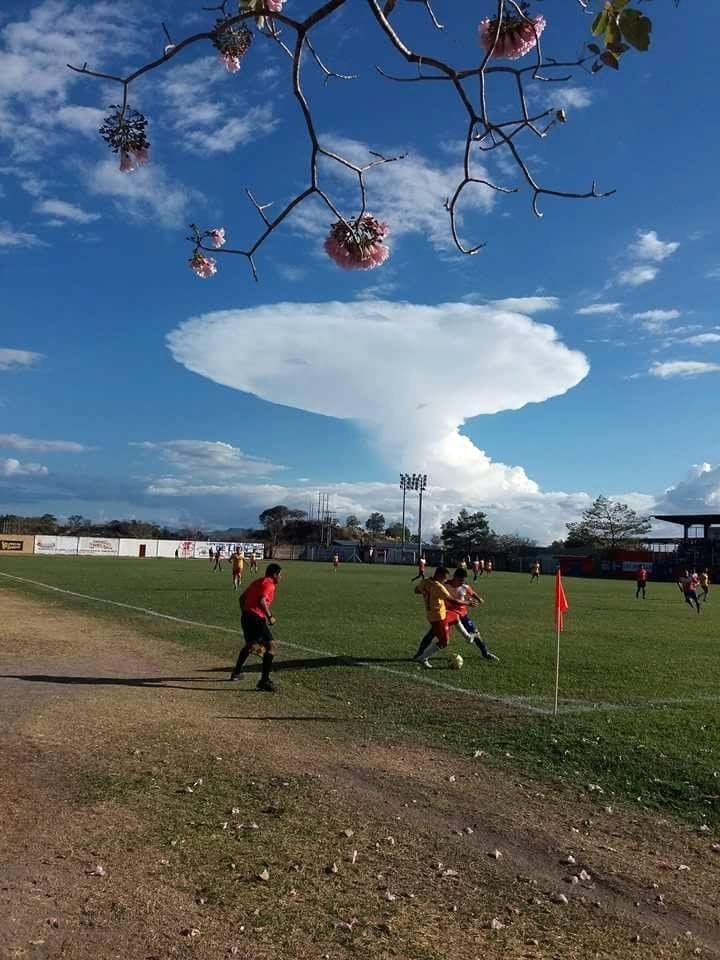 star trek cloud, star trek cloud picture, USS Enterprise appears over Guatemala on February 18 2018