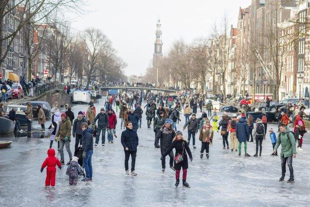 canals freeze amsterdam, canals freeze amsterdam 2018, canals freeze amsterdam march 2018