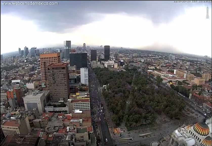downburst mexico city, downburst mexico city video, downburst mexico city march 2018 video, Sudden downburst crashes on Mexico City in March 2018