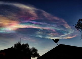 missile test california iridescent cloud, missile test california iridescent cloud march 26 2018, MISSILE FUMES OVER SOUTHERN CALIFORNIA and arizona march 26 2018, iridescent cloud nevada california march 26 2018 photo video