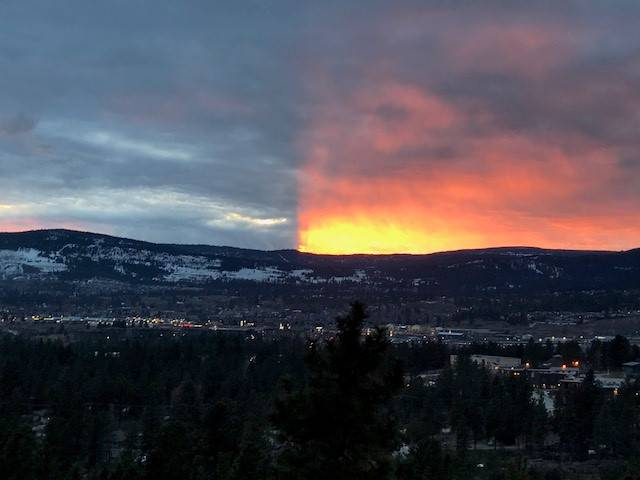 sunset split kelowna canada, sunset split kelowna canada march 2018, split sunset kelowna