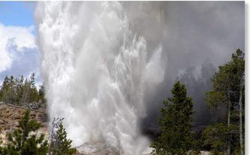 Steamboat Geyser eruptions, 3 eruption Steamboat Geyser 2018, Three Steamboat Geyser eruptions in 6 weeks! Mar 15, Apr 19 & Apr 27