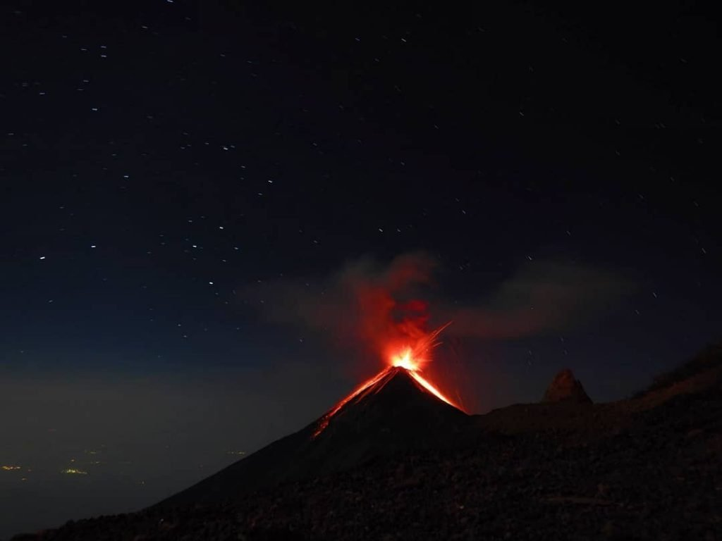 fuego eruption, fuego volcano eruption, fuego volcano eruption april 2018, fuego eruption pictures