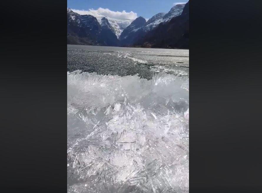 ice tsunami norway, ice tsunami norway video, ice tsunami norway sound, ice tsunami norway april 2018 video