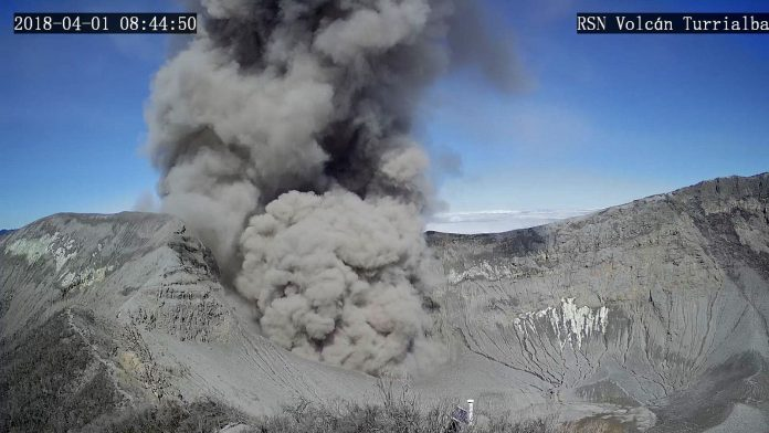volcano eruption, volcanic eruption april 1 2018, volcanic eruption april 2018