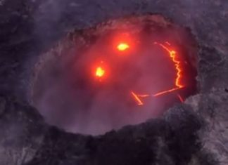 hawaii, hawaii formation, hawaii volcano formation, why volcanoes hawaii volcano, Mysterious Smiley Face Appears in Hawaiian Volcano During Eruption, kilauea volcanic eruption may 2018