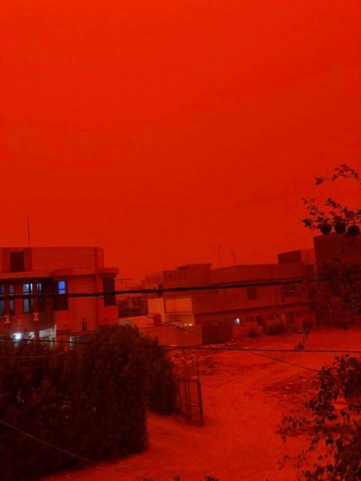 blood red sky iraq, sandstorm blood red sky iraq, iraq blood red sky sandstorm may 2018, blood red sky iraq sandstorm video, blood red sky iraq sandstorm pictures may 2018, biblical sandstorm Iraq, biblical sandstorm Iraq may 2018,