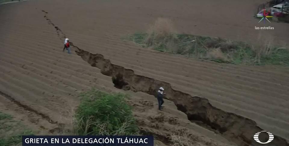 giant crack mexico tlahuac Nueva gigantesca grieta aparece en México