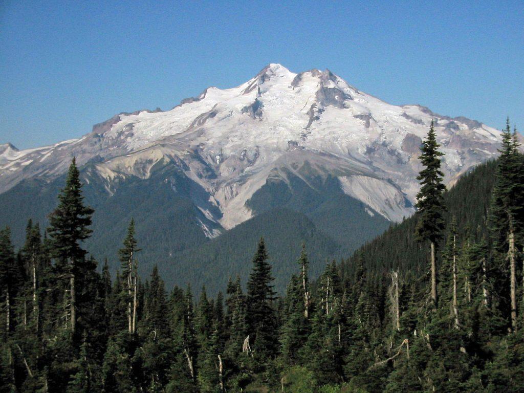 glacier peak, glacier peak volcano, glacier peak volcanic danger