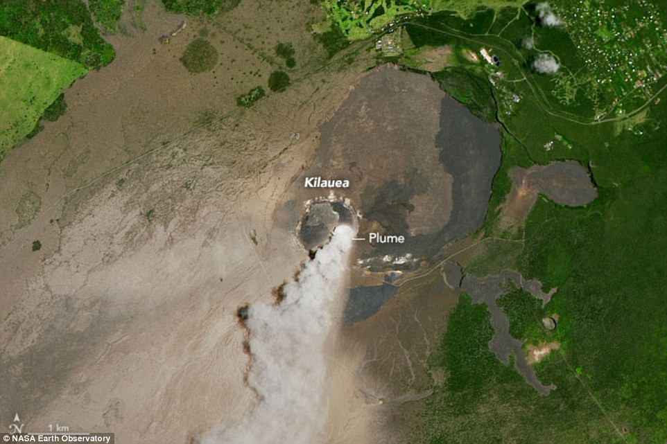 kilauea volcano explosion overlook crater may 17 2018