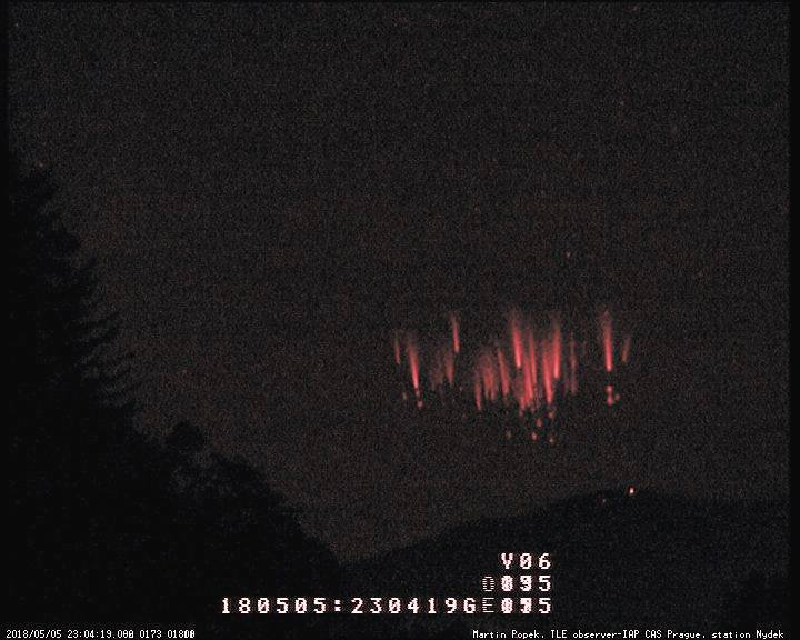 Rare red sprites storm in action: 48 Mysterious electric tendrils light up the sky over Croatia in just an hour! Red-sprites-storm-in-action-croatia-1
