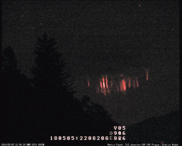 Rare red sprites storm in action: 48 Mysterious electric tendrils light up the sky over Croatia in just an hour! Red-sprites-storm-in-action-croatia-2