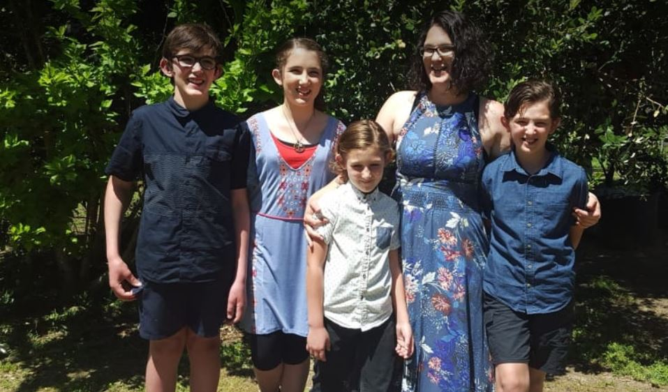 worst mass shooting in Australia in 22 years, worst mass shooting in Australia in 22 years pictures, worst mass shooting in Australia in 22 years video, family of seven dead australia, suicide attack kills family of seven in Australia
